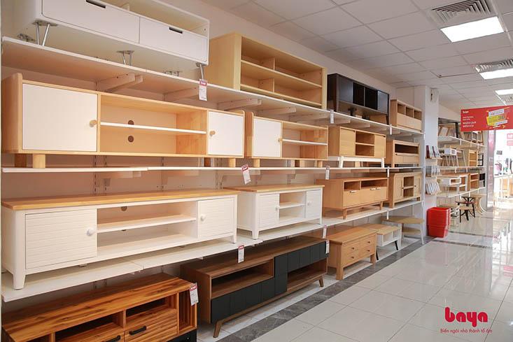Showroom BAYA trưng bày nhiều mẫu tủ kệ TV